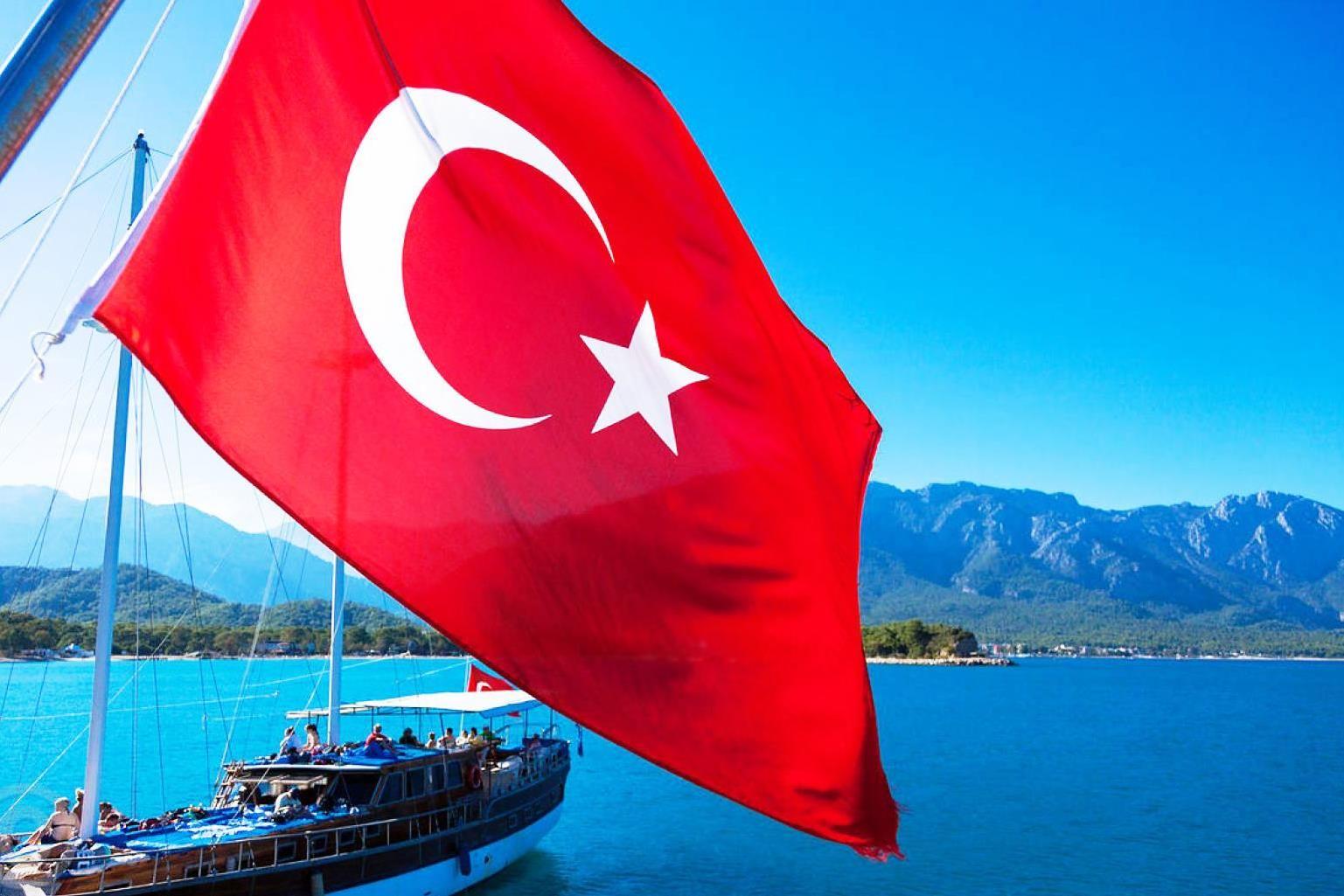 Плюси та мінуси відпочинку в Туреччині